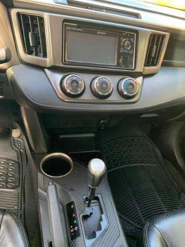 Vendo vagoneta toyota rav 41996860087