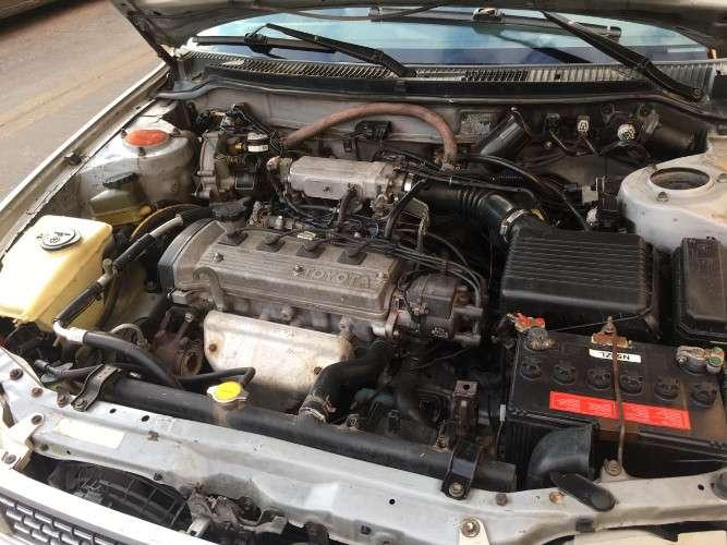 Vendo auto toyota corolla año 19941616257039