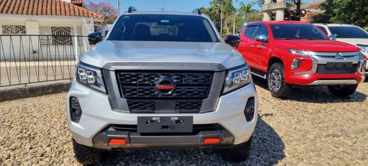 Impecable nissan frontier mod.2022 pro 4x4 full imp. nibol213434603