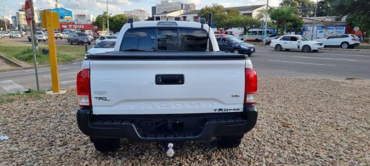 Impecable toyota tacoma mod.2016 sport edition 4x41605319420