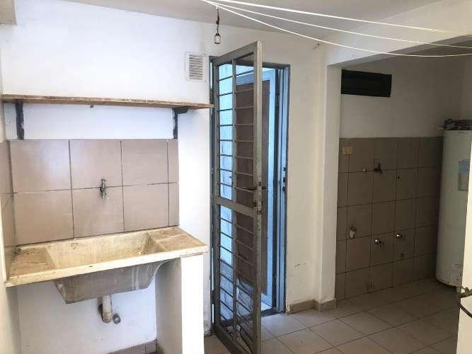 Renatta schaimann alquila: para empresa linda y funcional casa de una planta  750722166