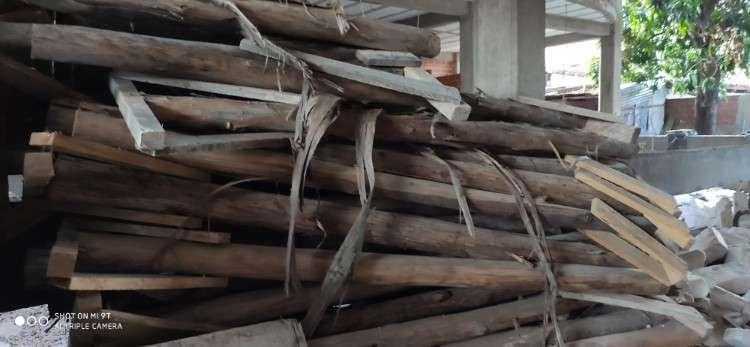 Puntales más cabezales de madera en venta976747124