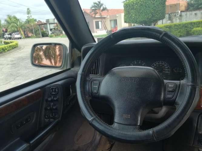 Vendo vagoneta jeep grand cherokee año 19961886522802