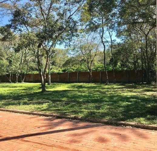 En venta en el urubó... terrenos en el condominio galicia247540054