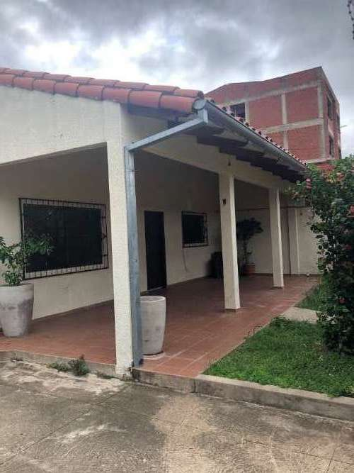 En zona norte amplia y funcional casa de una planta173461540