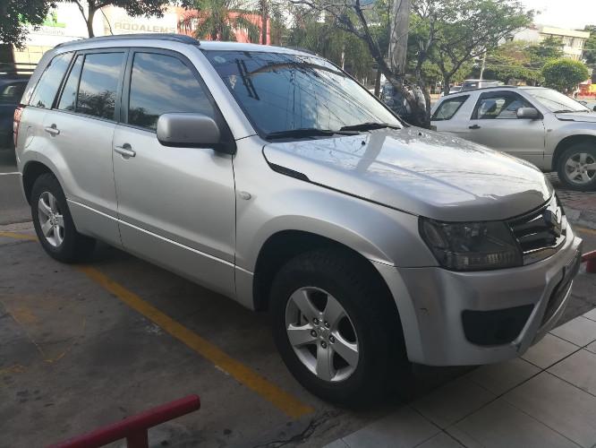 Tumomo Com Vagoneta Suzuki Grand Vitara Ano 2013
