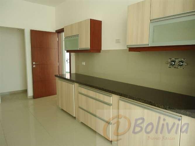 Casas a estrenar, av. banzer 3ro anillo ( barrio hamacas)133534772