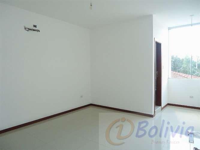 Casas a estrenar, av. banzer 3ro anillo ( barrio hamacas)2058363201