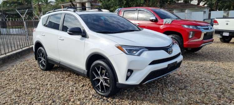 Impecable toyota rav4 mod.2017 limited 4x4554621824