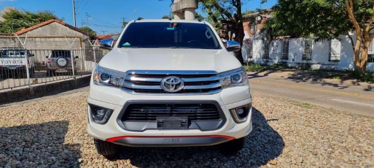Impecable toyota hilux mod.2018 full v6 75345631