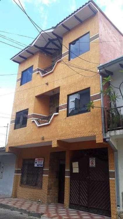 Casa en venta por av. cañoto1946139404