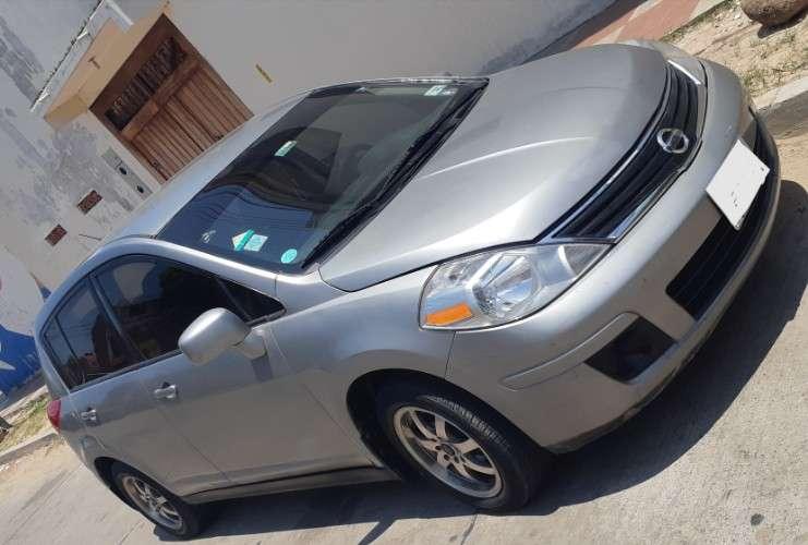Vendo hermosa vagoneta nissan versa año 2011 2036245178