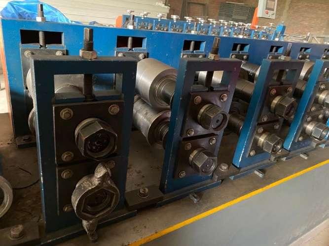 Maquinaria para  fabricación cerchas metálicas galvanizadas y montacarga1052253794