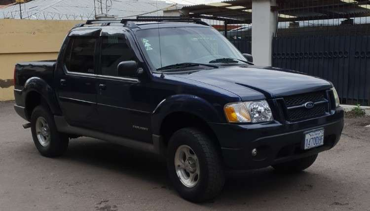 Camioneta ford sportrack1773399726