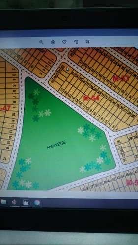 Terreno al norte, en esquina, urbanización tierra santa260840189