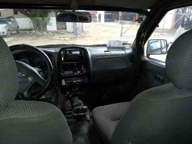 Vendo nissan frontier año 20111056409943
