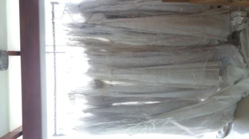 Liquido vestidos de novias nuevos en 200$ al por mayor o por.menor2069883553