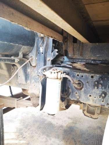 Camion de distribución y entregas pesadas1304463523