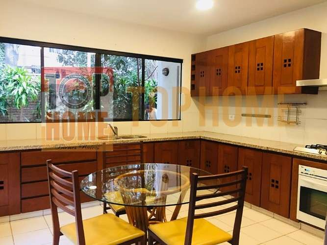 Hermosa casa en alquiler en condominio privado doble via a la guardia1291986391
