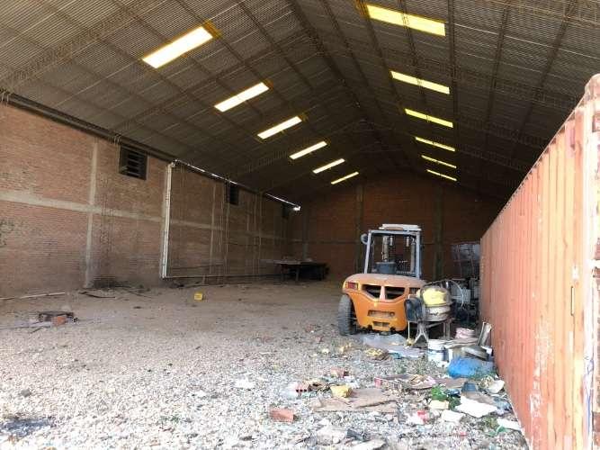 Alquilo en el parque industrial galpón amplio para  empresa833375977