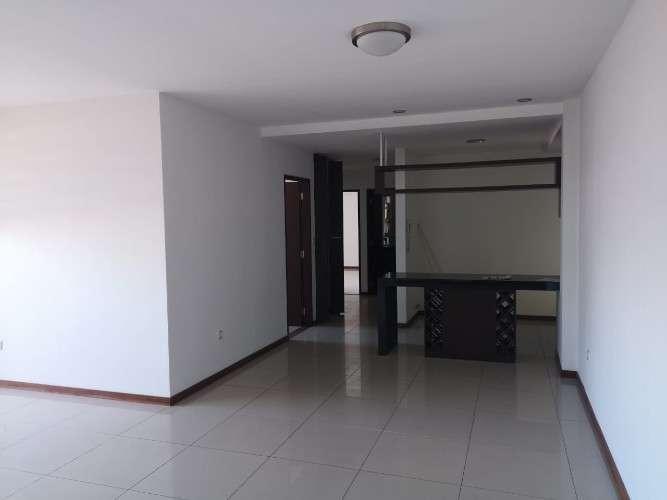 Departamento de 3 dormitorios en edificio alegranza2087466930