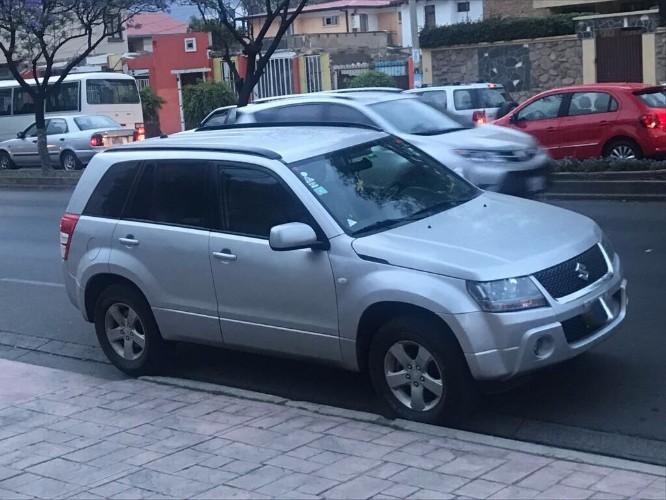 Tumomo Com De Ocacion Vagoneta Suzuki Grand Viatara