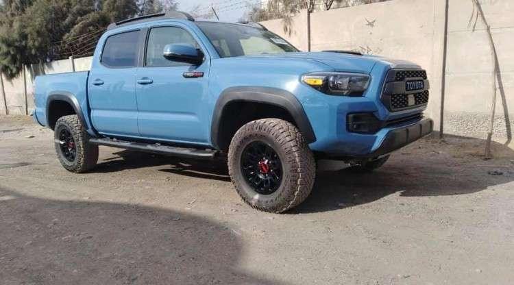 Hermosa camioneta toyota tacoma tr-pro 2018 version1069681357