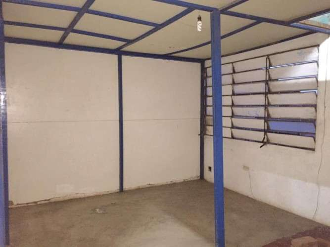 Renatta schaimann vende: terreno amplio con galpón y vivienda sobre avenida comercial514273997