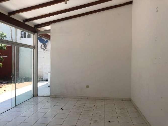 Renatta schaimann alquila: bonita y económica casa de una planta 1482948414
