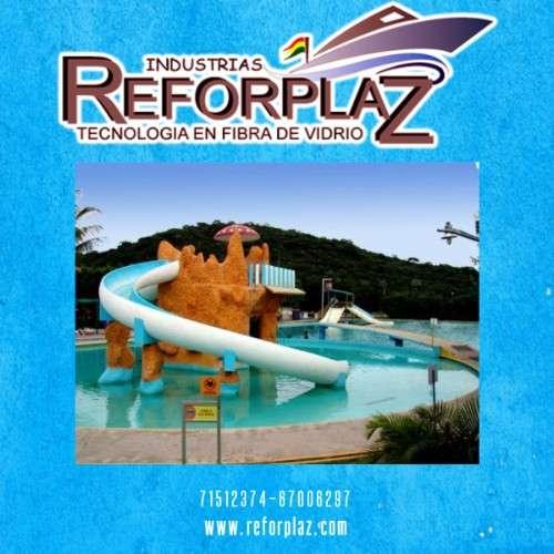 Construimos toboganes para piscinas al gusto del cliente400498462