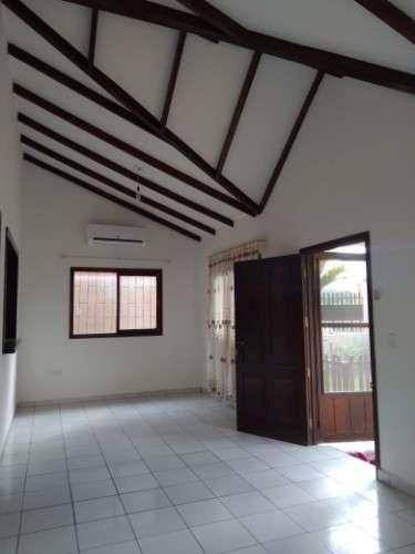 Casa en anticretico zona valle sanchez 76008722842441391