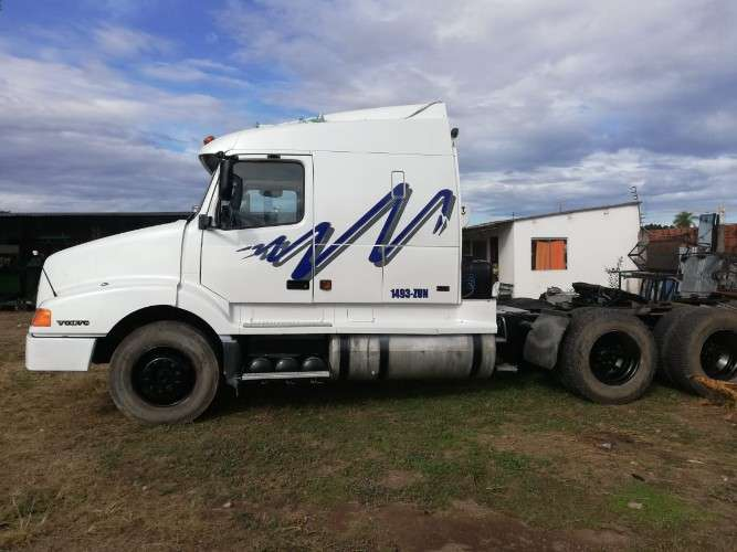 Camion volvo pachacho1064530777