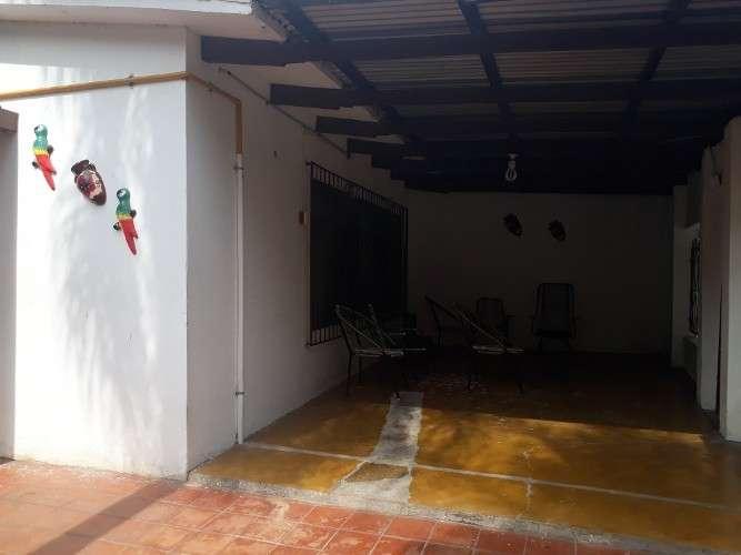Casa de ocacion av.busch scz1447342167