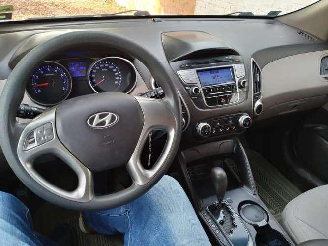 Vendo vagoneta hyundai tucson año 2012 4x4 de tienda único dueño1342238940