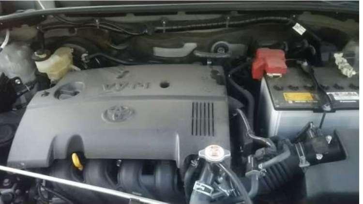 Toyota succeed van. un vehiculo muy conveniente.1655893773