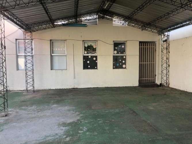 Zona comercial alquilo depósito amplio con oficinas 629508273