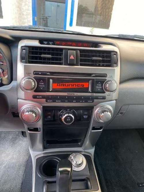 Toyota 4runner sr5 2013 en excelente estado690180131