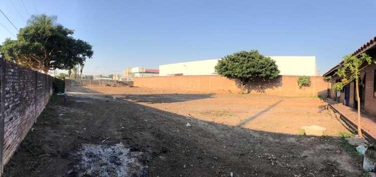 En zona estratégica vendo terreno sobre avenida y en esquina1884691443