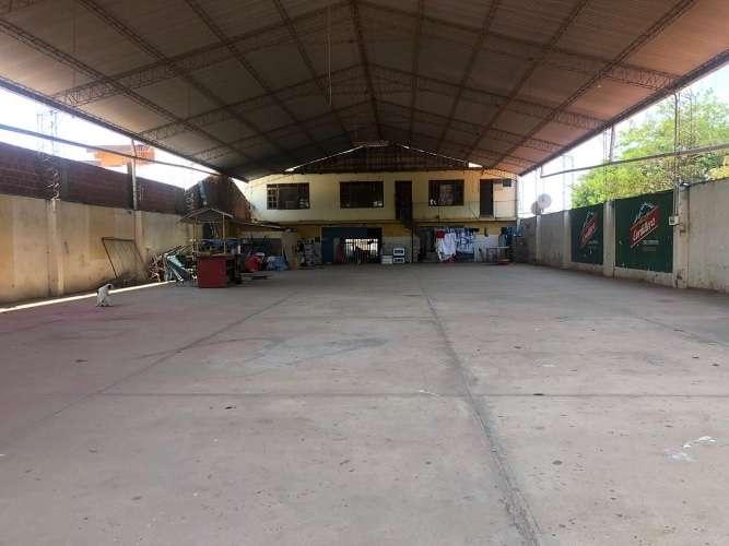 Sólo galpón alquila: espacioso tinglado en zona comercial 1804126051