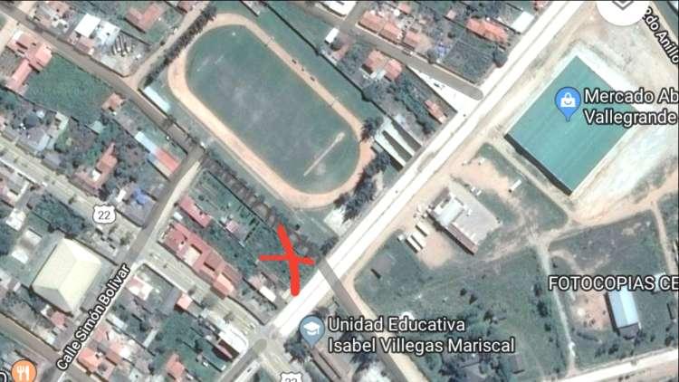 Imperdible local comercial en venta diagonal a la terminal de buses, a lado del estadio995583605
