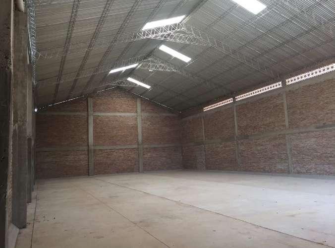 Sólo galpones alquila: en el parque industrial galpón espacioso completamente cerrado 334607870