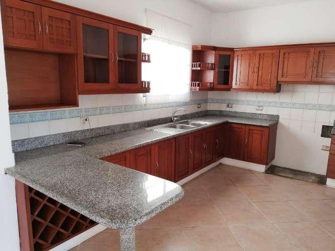 Dpto en alquiler 4 dormitorios909182455