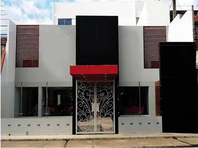 Edificio en venta sobre avenida 1er y 2do anillo18089970