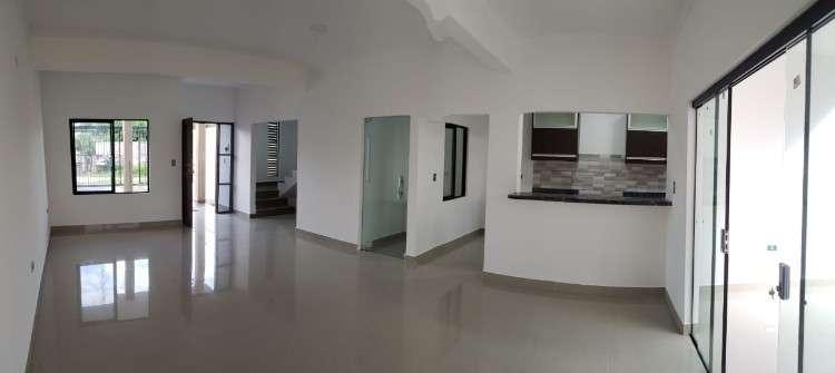 Hermosa casa a estrenar en venta z/remanso73509425