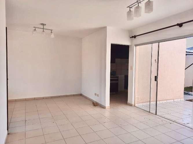 Alquilo en condominio bonita y funcional casa 986276133