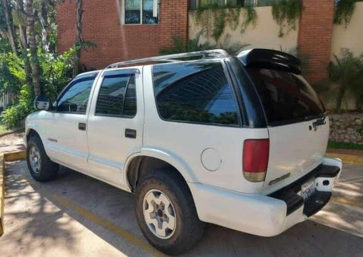 Chevrolet blazer 2004110257583