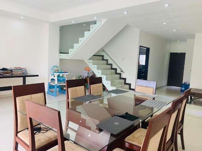 Hermosa casa en venta!1040160075