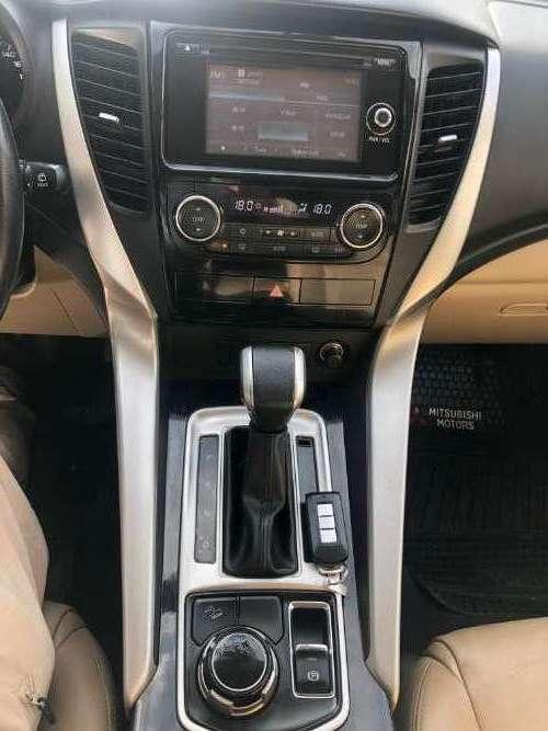 Mitsubishi montero sport 2016960465703