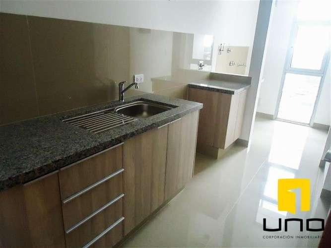 Departamento de 3 dormitorios en alquiler en edificio atlantis393553140