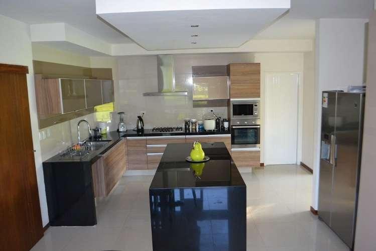 Vendo hermosa casa en condominio zona norte 972886708